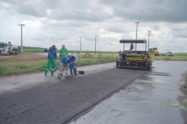 Recuperação asfáltica é retomada em ruas e avenidas de Lucas do Rio Verde