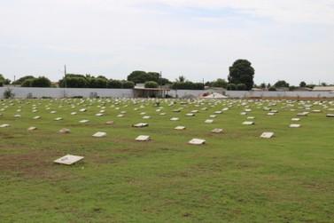 Famílias devem fazer o recadastramento no Cemitério Municipal Jardim da Paz