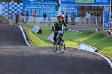 Atletas de Lucas do Rio Verde conquistam pódios em Campeonato Estadual de BMX