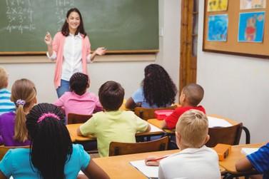 Prefeitura paga 14º salário aos professores do município