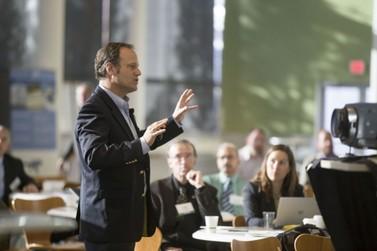 Fundação Renova promove 1ª Palestra para auxiliar empreendedores locais