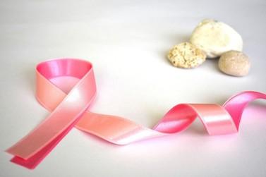 Mulheres que estão passando pelo câncer de mama podem solicitar FGTS