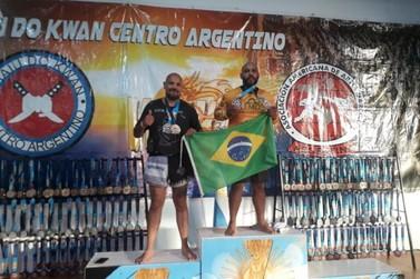 Atleta marianense ganha medalha de ouro em campeonato mundial na Argentina
