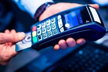 Multas, impostos e outros débitos sobre veículos podem ser parcelados no cartão