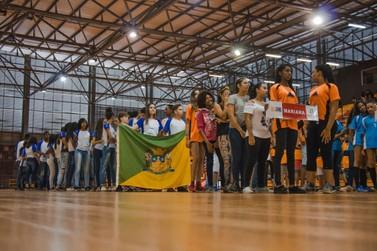 JEMG reúne cerca de 800 atletas em cerimônia de abertura
