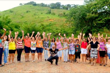 Projeto Empoderar lança catálogo de produtos das artesãs de Barra Longa