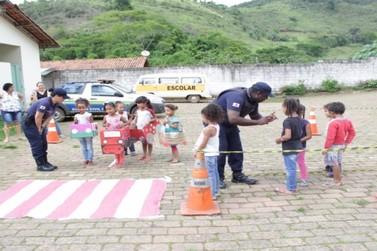 Guarda Municipal realiza parceria com Conselho Tutelar em Escola de Barroca