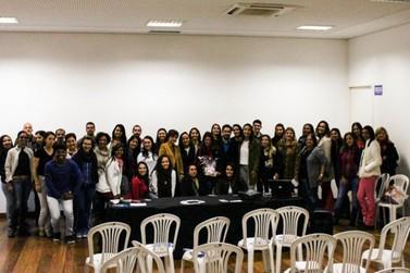 Café Empresarial de Negócios reforça importância da rede de contatos em Mariana