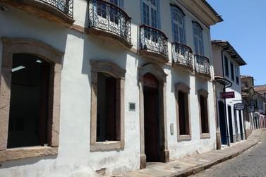"""Galeria da FAOP promove exposição """"Gravadores do Ingá"""" em Ouro Preto"""