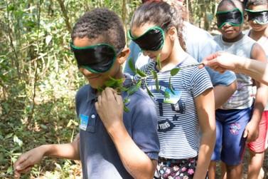 Crianças de escolas de distritos de Mariana fazem visita ao Parque do Itacolomi