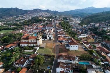 Companhia dos Dragões de Mariana celebra 300 anos