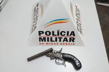 Arma de fogo é apreendida em distrito de Mariana