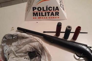 Polícia Militar prende homem por posse ilegal de arma em Mariana