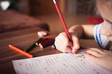 Em meio à pandemia, Secretaria de Educação pensa iniciativas para Mariana