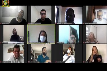 Vereadores debatem situação dos professores contratados em Mariana