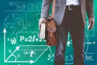 Professores podem adoecer em massa, alerta psicóloga