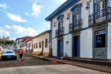 Às vésperas da finalização, obra da Praça Gomes Freire é alvo de duras críticas