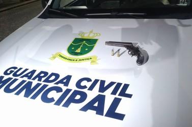 Guarda Municipal prende homem durante patrulhamento no bairro Santo Antônio