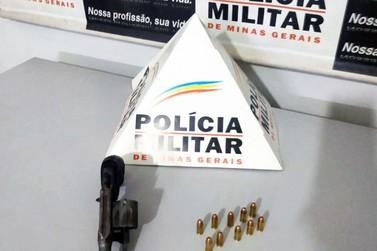 Prisão por posse ilegal de arma é efetuada no bairro Santa Rita de Cássia