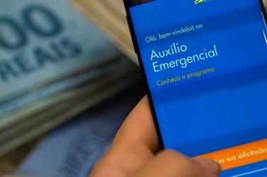 O pagamento das parcelas do auxílio emergencial de 2021 começa em abril