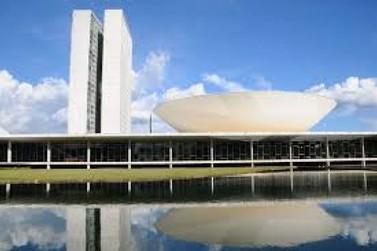Câmara dos Deputados aprova projeto que dobra pena de corrupção durante pandemia