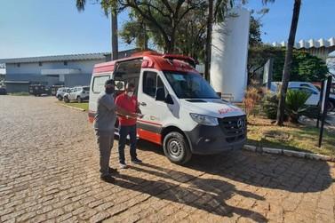 Maricá recebe mais uma ambulância para atendimento de pacientes