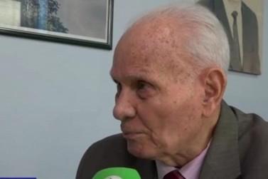 Morre, aos 90 anos, o professor Joaquim de Oliveira, chanceler da Universo