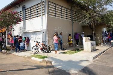 Mais de 600 interessados já passaram pelo PAT atrás de vaga do Atacadão