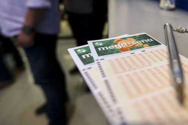 Mega-Sena acumula e próximo concurso deve sortear R$ 100 milhões
