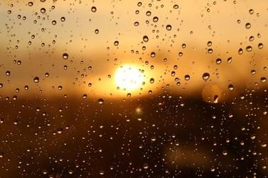 Próximos dias terão pancadas de chuvas e queda de temperatura no fim de semana