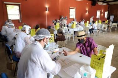 Testagem contra Covid-19 é realizada na Estação Educação