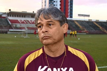 Técnico Marcelo Veiga, ex-Mogi, morre de coronavírus