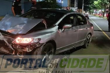 Honda atinge Reunalt e uma pessoa fica ferida na 22 de Outubro