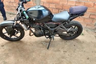 Moto Kawasaki roubada foi localizada no Residencial Floresta