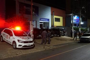 Policial de folga atira em bandido e frustra o furto de uma moto XRE