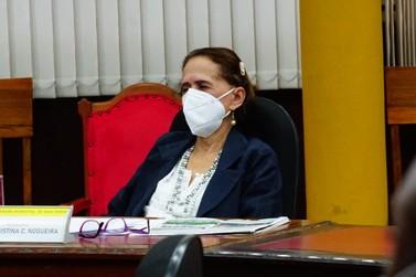 Vereadora Luzia quer mudar regimento interno e instituir sessões todas 2ª feiras