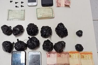 Polícia Militar prendeu dois homens por tráfico de drogas no Santa Luzia