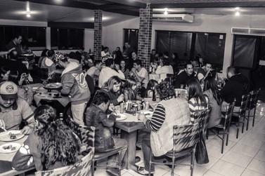 Devido ao grande sucesso Rodízio de Pizzas continua hoje em Douradina