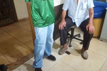 Jovem é detido após agredir avô de 77 anos com pedradas e tijoladas