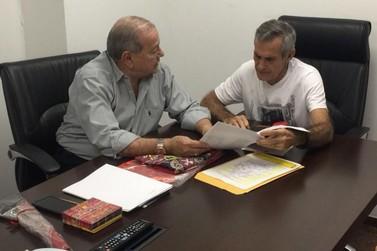 Lenhadores de Paudalho pede apoio ao Deputado Romário Dias