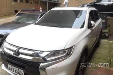 """Prefeito de Santa Tereza do Oeste """"investe"""" quase R$ 200 mil em carro"""