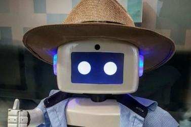 IAPAR apresenta robô que fala sobre Agricultura Digital