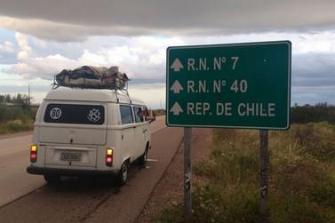 Igrejinhenses viajam de Kombi ao Chile