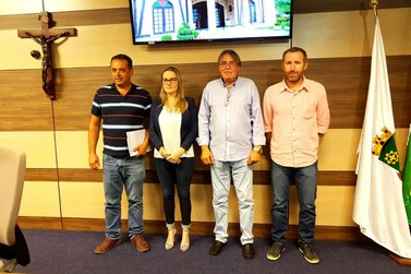 Pirola (PP) renuncia à presidência, dando lugar a Dr. Celso (DEM)