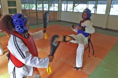 Abertas inscrições para aulas gratuitas de artes marciais em Paranavaí