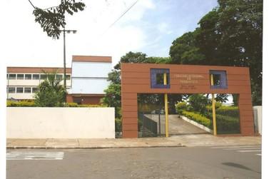 Colégio Estadual de Paranavaí tem vagas abertas para três cursos gratuitos