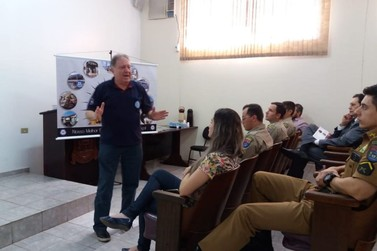 AVM apresenta projeto para implantação de Colégio da Vila Militar em Paranavaí
