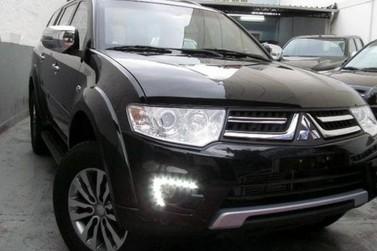 Veículo Pajero é furtado em plena luz do dia no Centro de Paranavaí