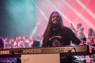 Nesta quarta tem curso gratuito de teclado com o artista Léo Carvalho
