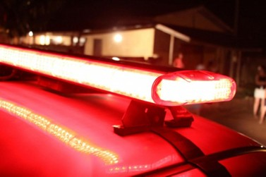 Motorista embriagada com veículo do estado é presa após se envolver em acidente